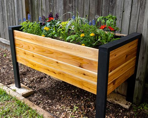 elevated cedar planter plans